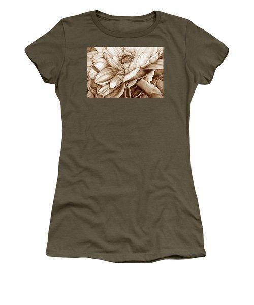 Chelsea's Bouquet 2 - Neutral Women's T-Shirt
