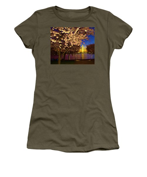 Cherry Blossom Washington Monument Women's T-Shirt