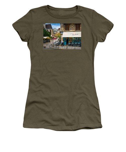 Chez Julien Women's T-Shirt