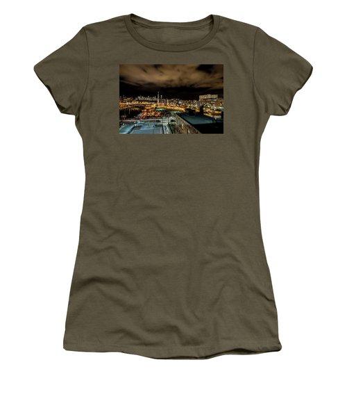 Chicago City And Skyline Women's T-Shirt