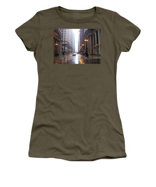 Chicago In The Rain Women's T-Shirt