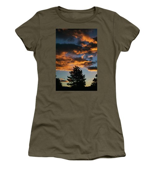 Christmas Eve Sunrise 2016 Women's T-Shirt (Athletic Fit)