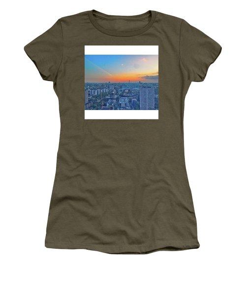 •city Roads 38th Floor Sky Scraper Women's T-Shirt