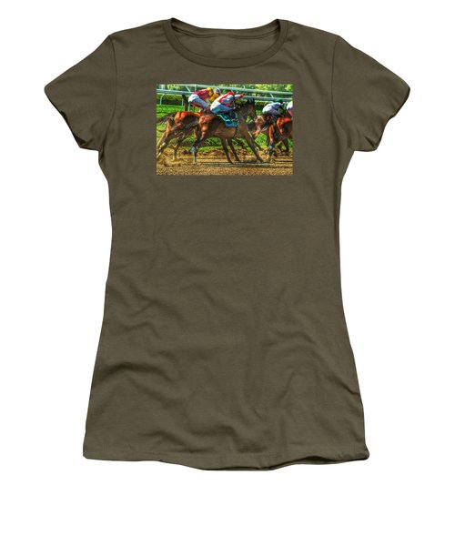 Close Quarters Women's T-Shirt (Athletic Fit)