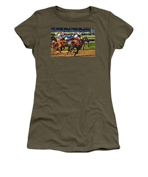 Close Running Women's T-Shirt (Athletic Fit)