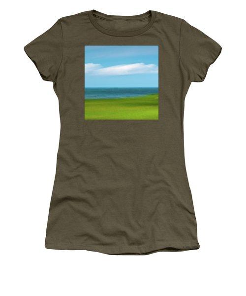 Cloud Bank 3 Women's T-Shirt