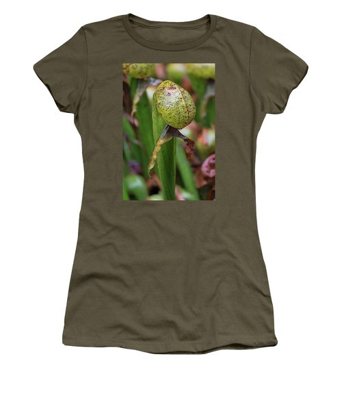 Cobra Lily Women's T-Shirt (Athletic Fit)