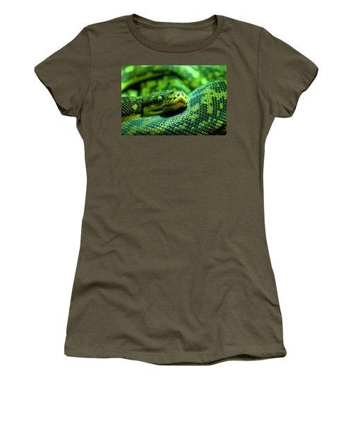 Coiled Calm Women's T-Shirt (Junior Cut)