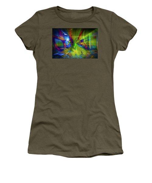 Color Wave Women's T-Shirt