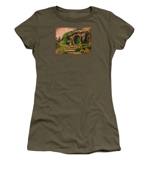 Corgi At Hobbiton Women's T-Shirt (Athletic Fit)