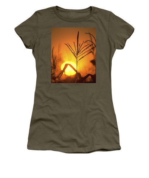 Cornfield Sunset Women's T-Shirt (Athletic Fit)