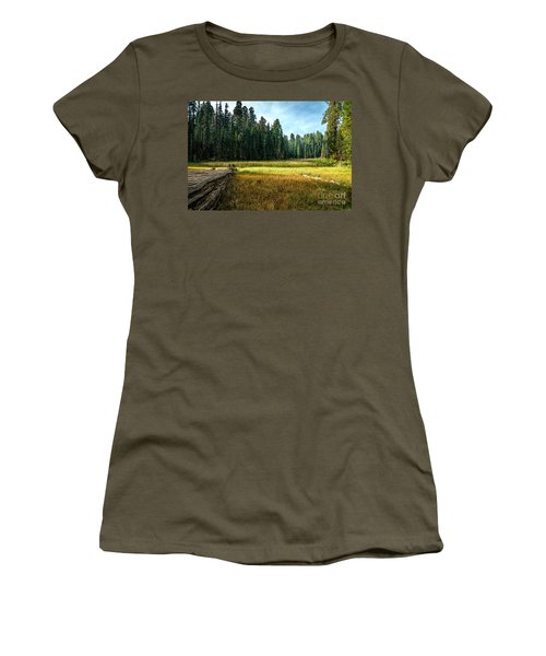 Crescent Meadows Sequoia Np Women's T-Shirt (Athletic Fit)