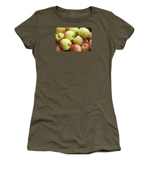 Crisp Wild Apples Women's T-Shirt (Athletic Fit)