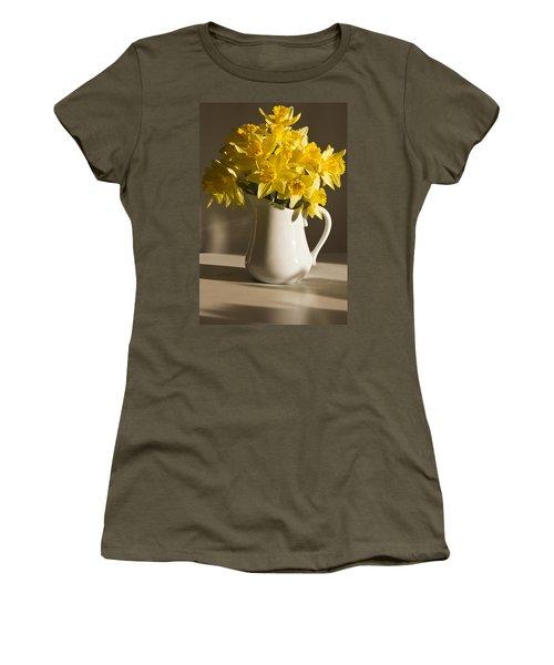 Daffodil Filled Jug Women's T-Shirt (Junior Cut) by Sandra Foster
