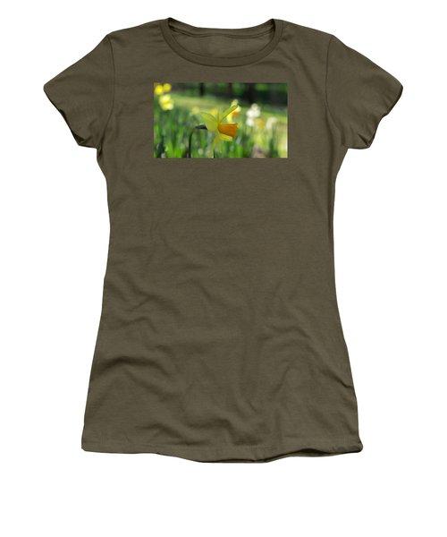 Daffodil Side Profile Women's T-Shirt