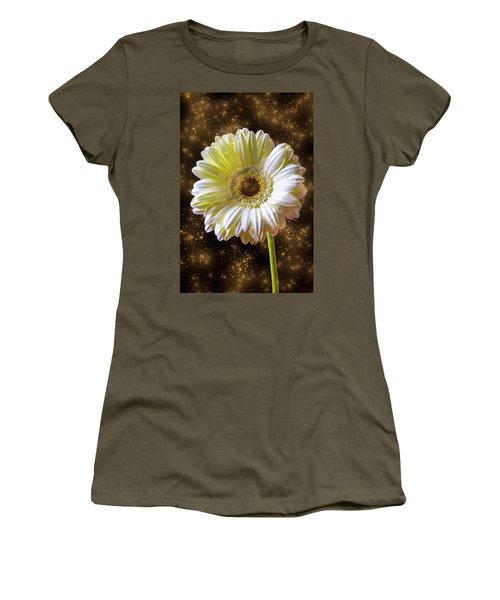 Daisy Magic Women's T-Shirt