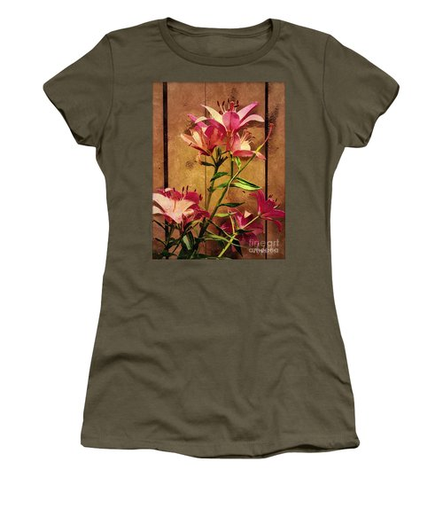 Dayliliys In  Guilford , Conn Women's T-Shirt (Athletic Fit)