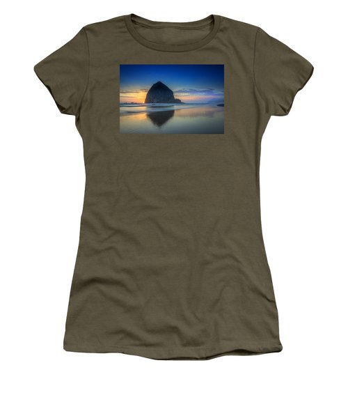 Day's End In Cannon Beach Women's T-Shirt