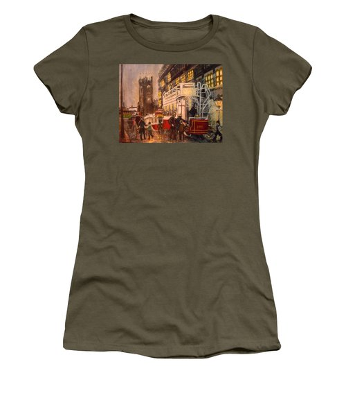 Deansgate With Tram Women's T-Shirt (Athletic Fit)