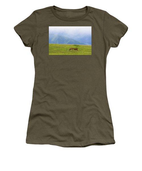 Deer In Browse Women's T-Shirt