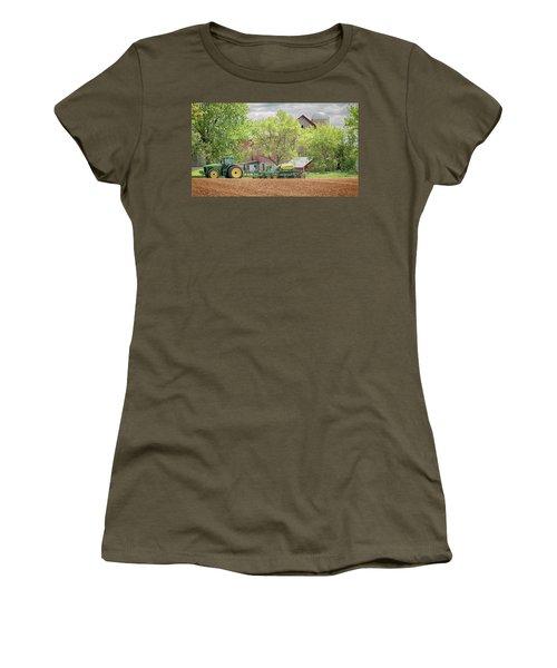 Deere On The Farm Women's T-Shirt