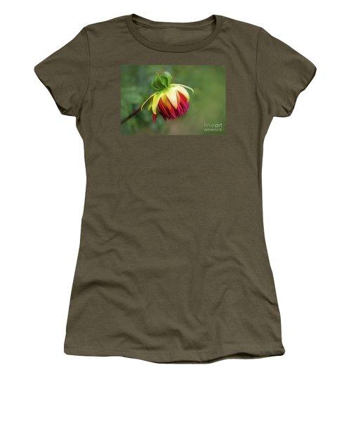 Demure Dahlia Bud Women's T-Shirt