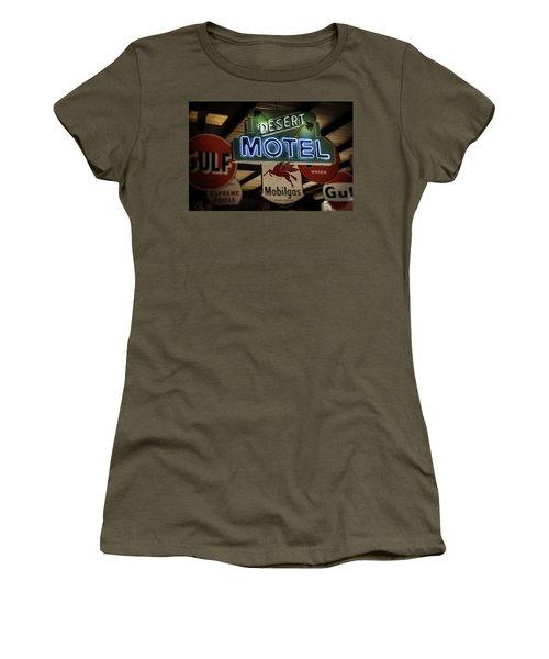 Desert Motel Women's T-Shirt (Athletic Fit)