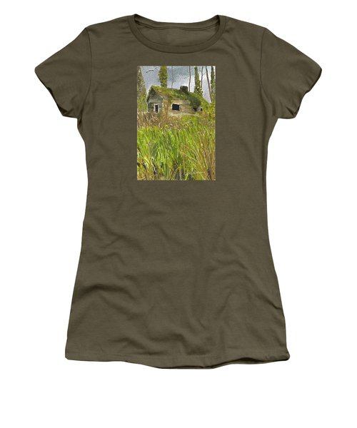 Women's T-Shirt (Junior Cut) featuring the digital art Deserted by Dale Stillman