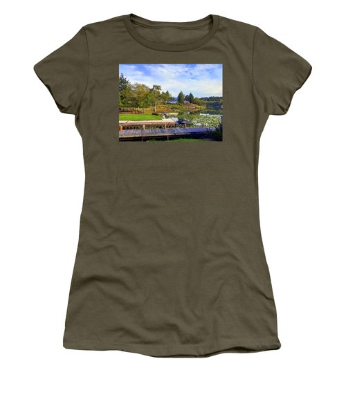 Devils Lake Oregon Women's T-Shirt (Athletic Fit)