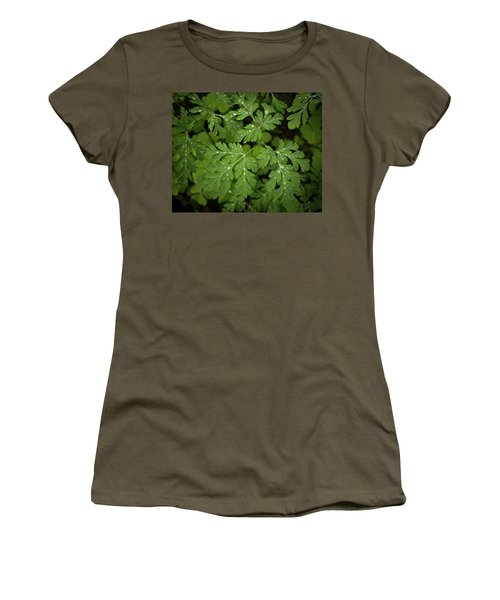 Dewey Leaves Women's T-Shirt (Athletic Fit)