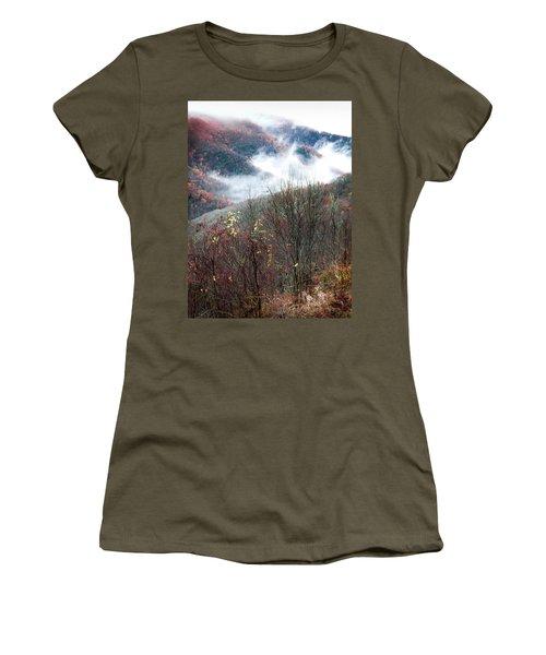 Doe On Autumn Ridge Women's T-Shirt