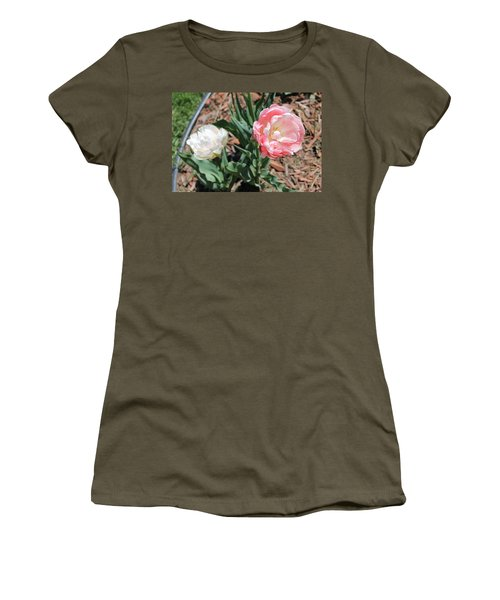 Double Tulip Women's T-Shirt (Athletic Fit)