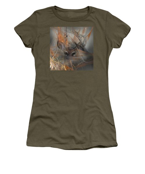 Double Vision - Look Close Women's T-Shirt