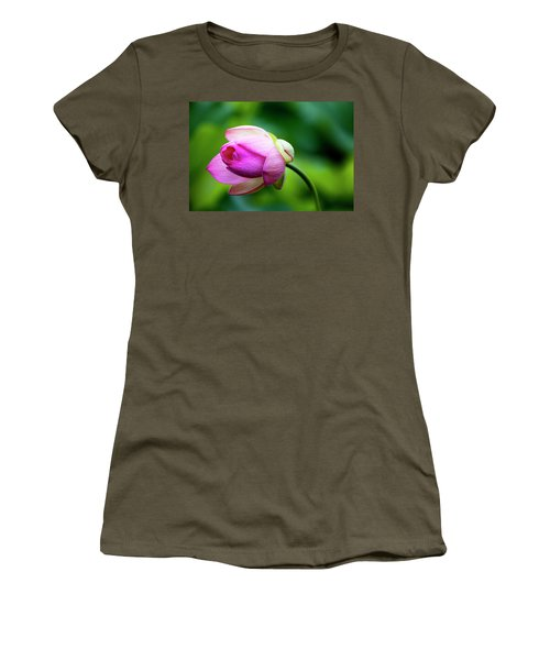Droplets On Lotus Women's T-Shirt (Junior Cut) by Edward Kreis