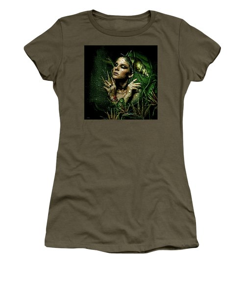 Drops Of Dew Women's T-Shirt