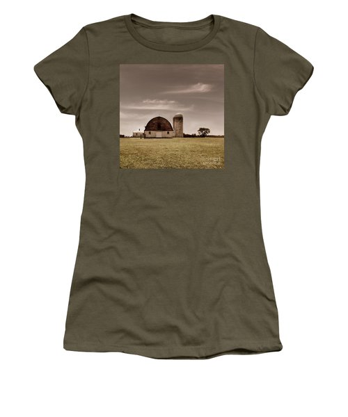 Dry Earth Crumbles Between My Fingers And I Look To The Sky For Rain Women's T-Shirt