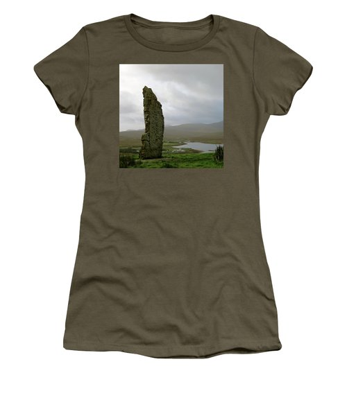 Duirinish Stone Women's T-Shirt (Athletic Fit)