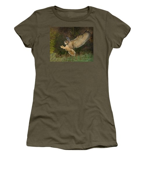 Eagle-owl Wings Back Women's T-Shirt (Athletic Fit)