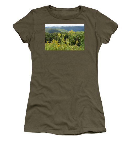 Eastern Summit 3 Women's T-Shirt (Athletic Fit)