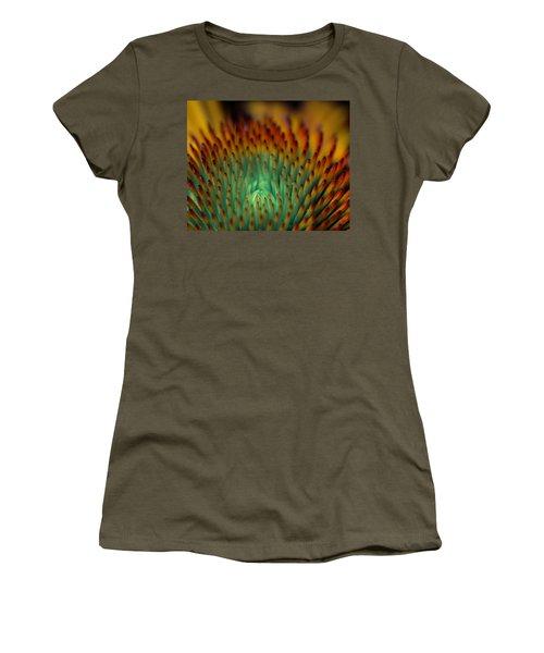 Echinacea Macro Women's T-Shirt (Athletic Fit)
