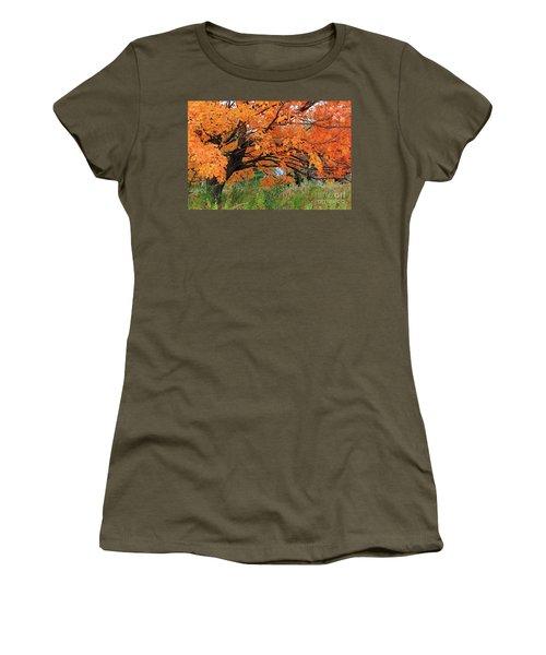 Edna's Tree Women's T-Shirt