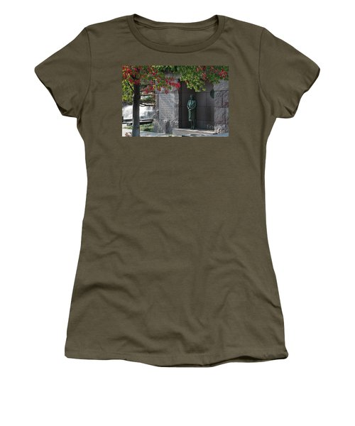 Eleanor's Alcove At The Fdr Memorial In Washington Dc Women's T-Shirt
