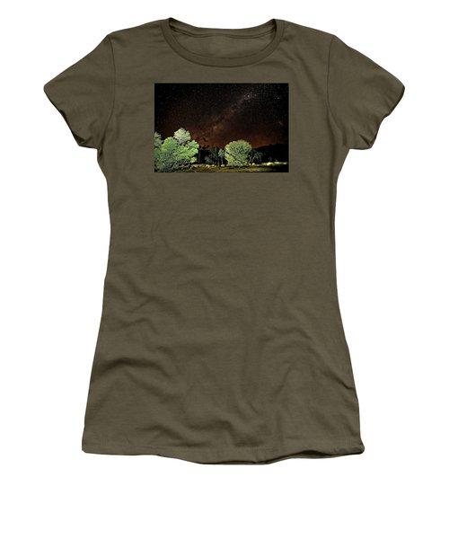 Emu Rising Women's T-Shirt (Athletic Fit)