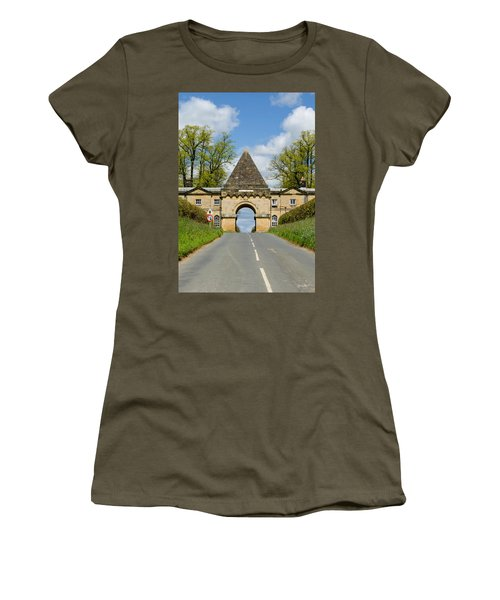Entrance To Burghley House Women's T-Shirt (Athletic Fit)