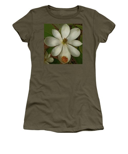 Women's T-Shirt featuring the photograph Fading Glory by Robert Knight