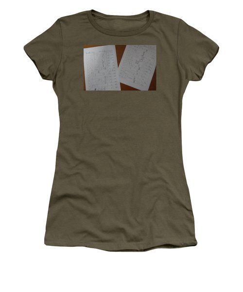 Faint Memory Table Women's T-Shirt