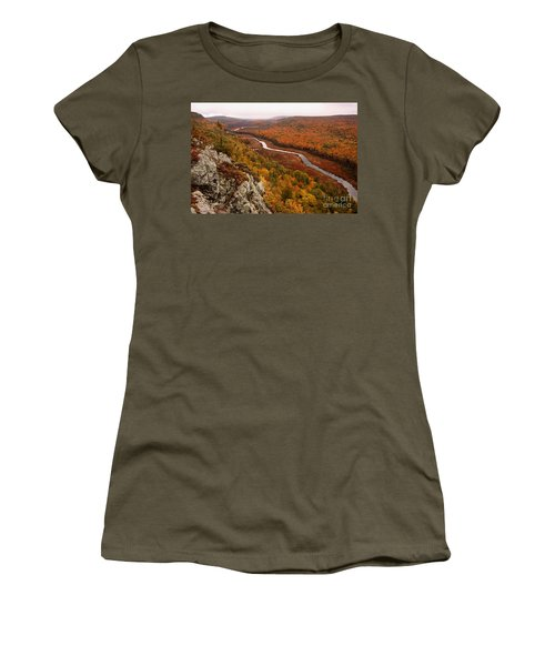 Fall Colors - Lake Of The Clouds Women's T-Shirt (Athletic Fit)
