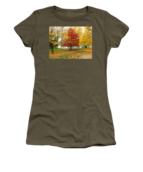 Fall In Kaloya Park 5 Women's T-Shirt