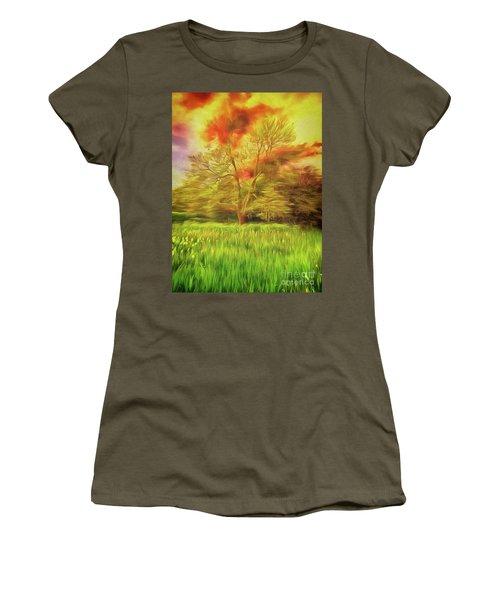 Feel The Love Women's T-Shirt