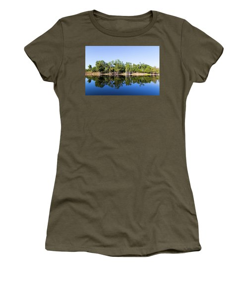 Florida Lake And Trees Women's T-Shirt (Athletic Fit)
